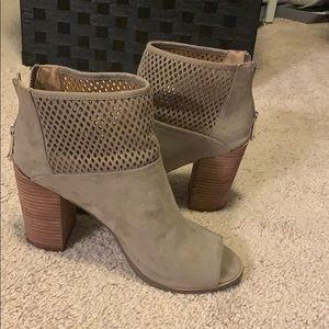 Great fall booties!